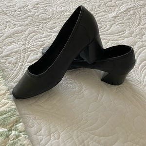 Com Sens black chunky heel pump